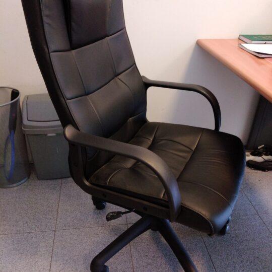 Cadeira-escritorio-1-540x540.jpg