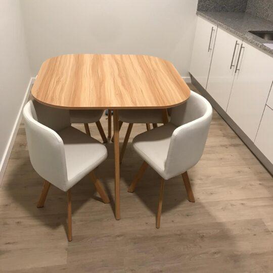 Conjunto-mesa-e-cadeiras-540x540.jpg