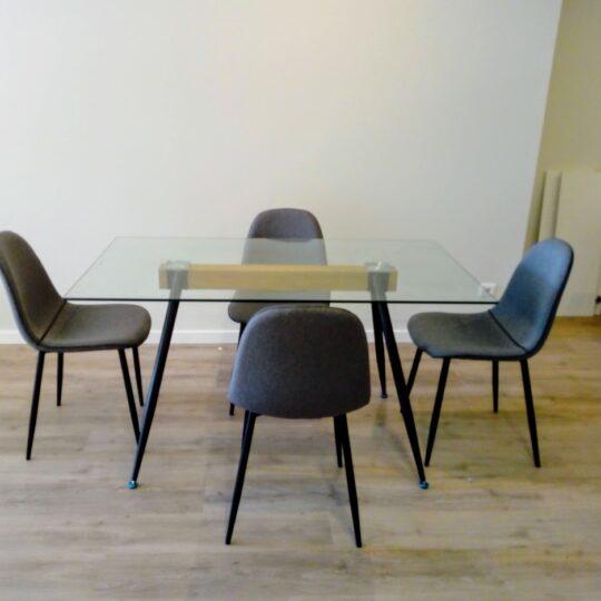 Mesa-e-cadeiras-de-jantar-1-540x540.jpg